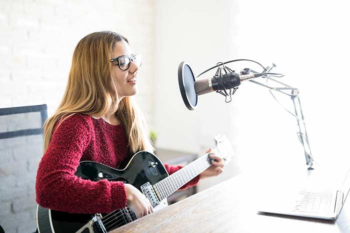 Online singing lesson