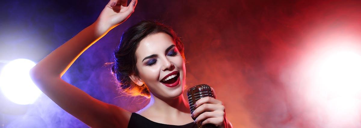 woman-singing-live